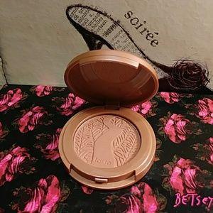 Tarte Amazonian clay Rare**Feisty blush